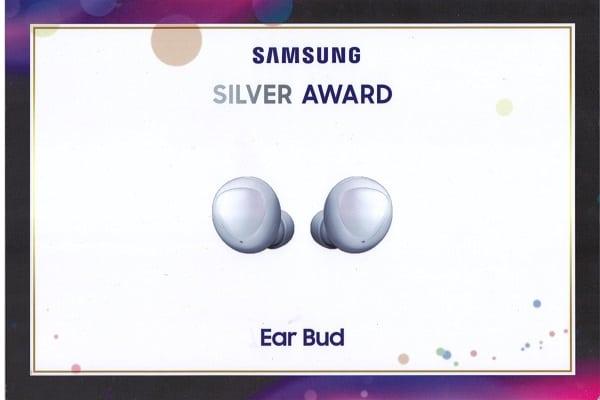 Samsung Ear Bud 1 2020 1